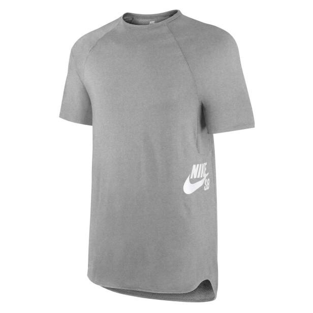 Nike SB t-shirt Skyline