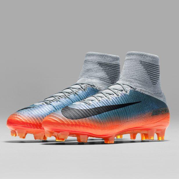 scarpe da calcio di cristiano ronaldo grigio