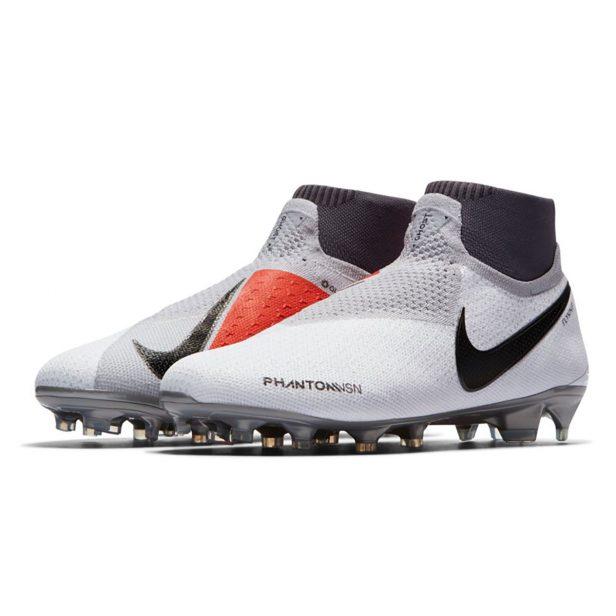 Blog – Delle Scarpe Da Nike PhantomIl Futuro CalcioMaxinews 80kNnwOPX