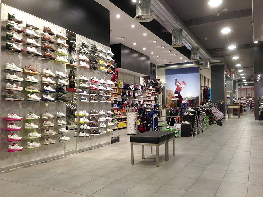 Maxi Sport Lissone è il tuo negozio di golf a due passi da Milano ... a56adb54746