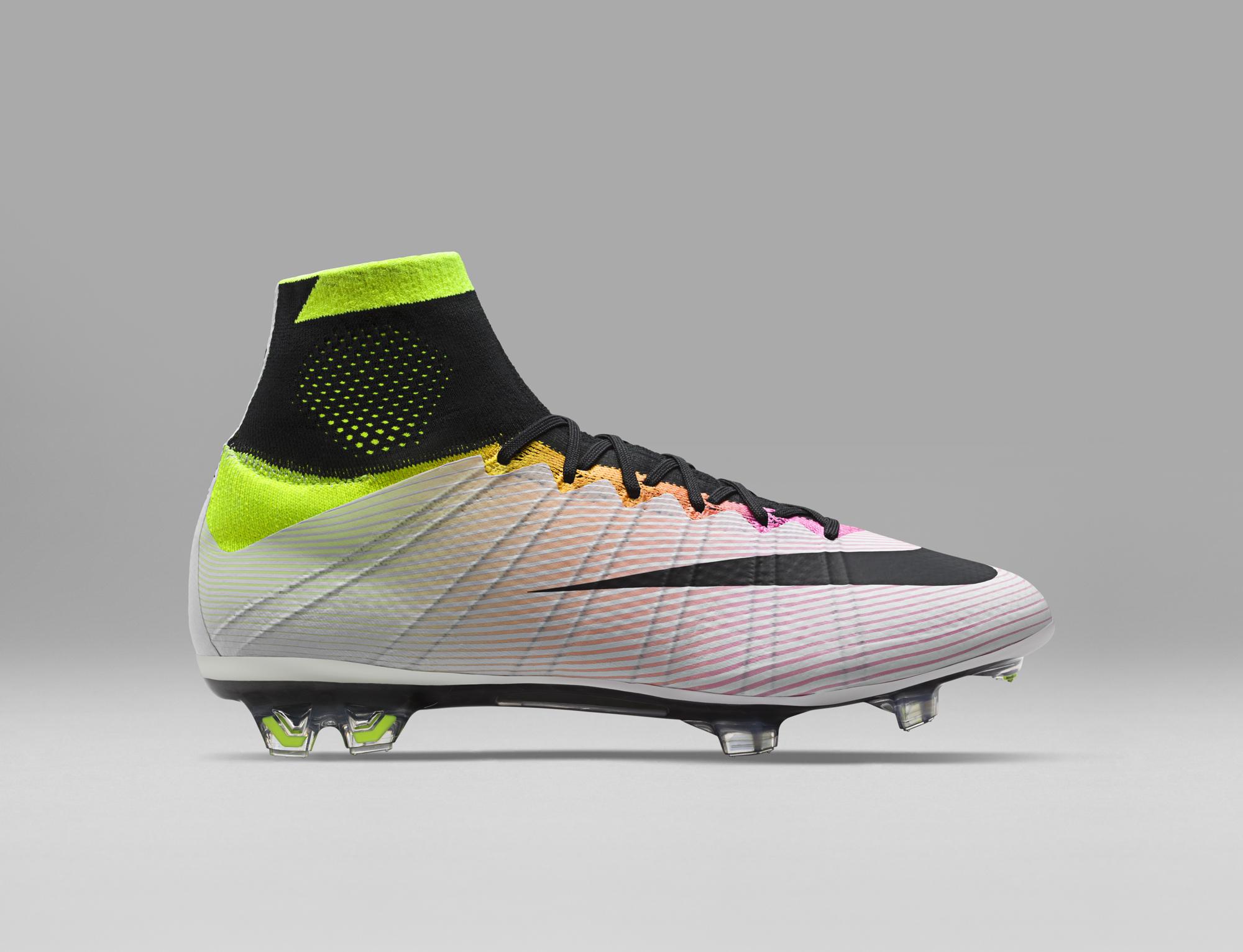 a3e2ade652496 Look primaverile per le nuove scarpe da calcio Nike  presentato il Radiant  Reveal Pack