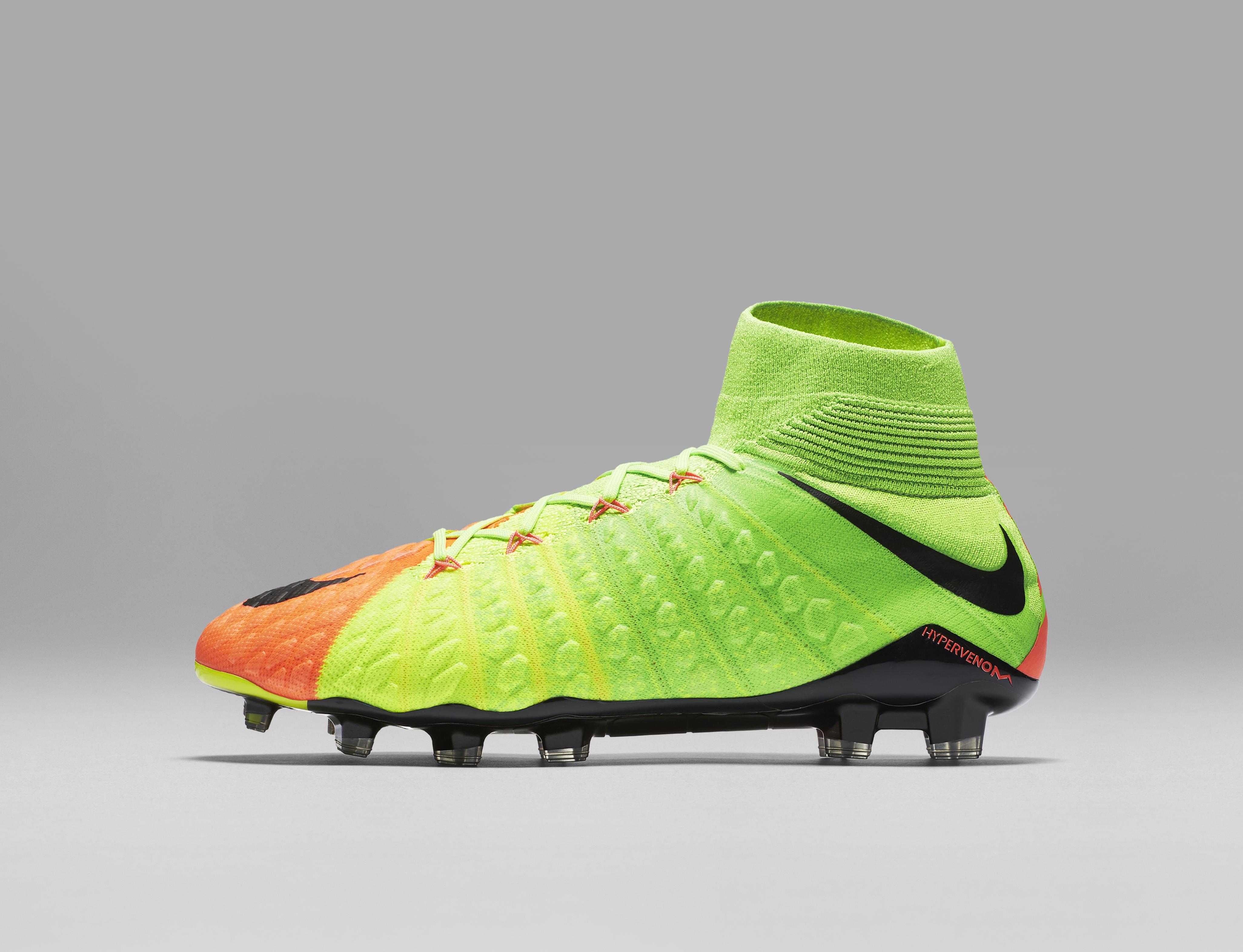 scarpe nike calcio 2017