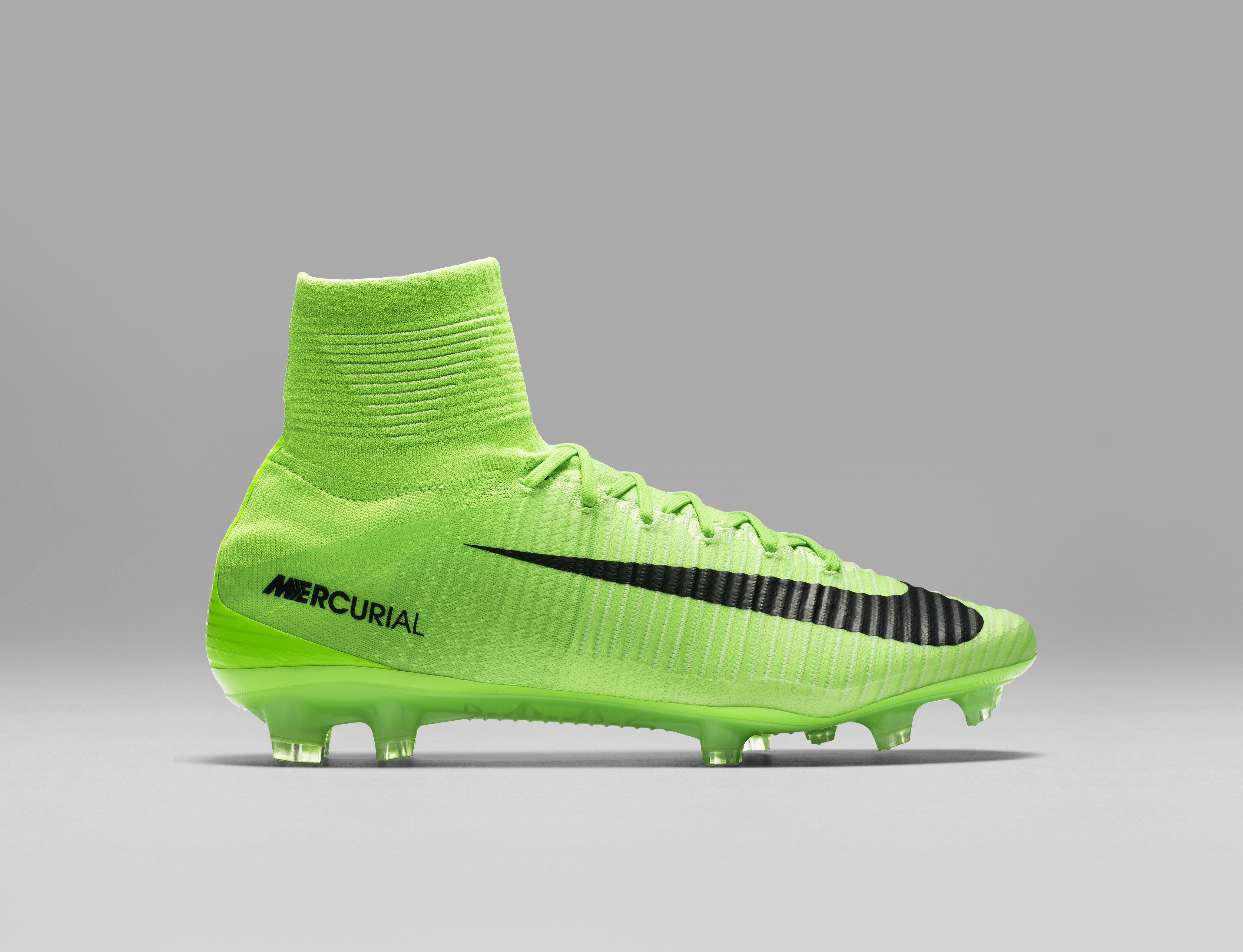 Hyper Sport 2017 >> Scarpe da calcio Nike 2017: i nuovi colori di febbraio di Mercurial, Magista, Hypervenom e ...